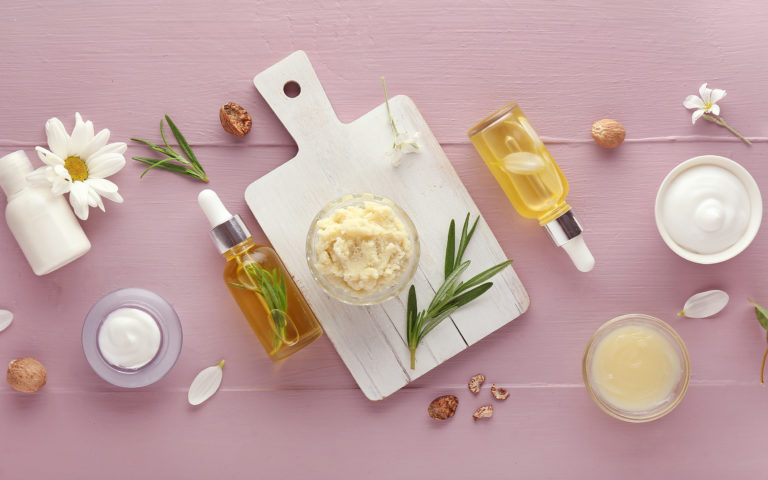 Masło na włosy – czy to dobry pomysł?