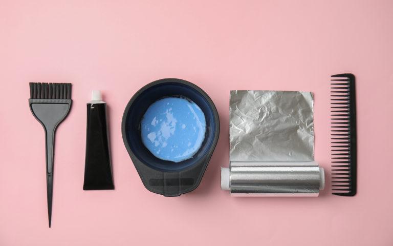Zmaluj sobie piękny wygląd – czyli jak dbać o włosy farbowane?