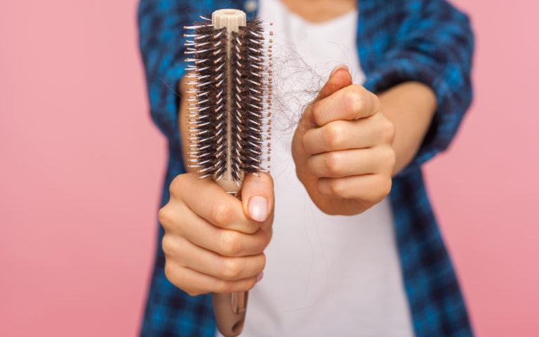 Włos jesienią ci z głowy nie spadnie!